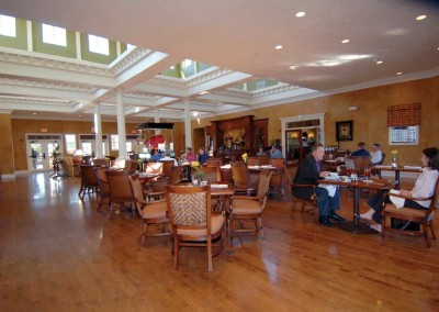 Golf-Clubhouse-Restaurant-at-Reunion-Resort